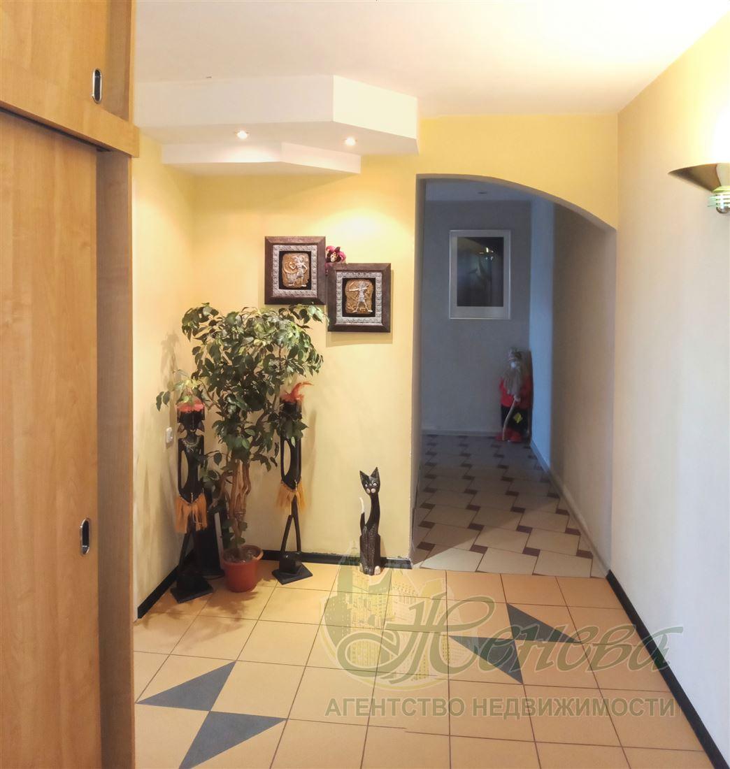 3-комнатная квартира, Ростов-на-Дону, ул Орбитальная, д. 46