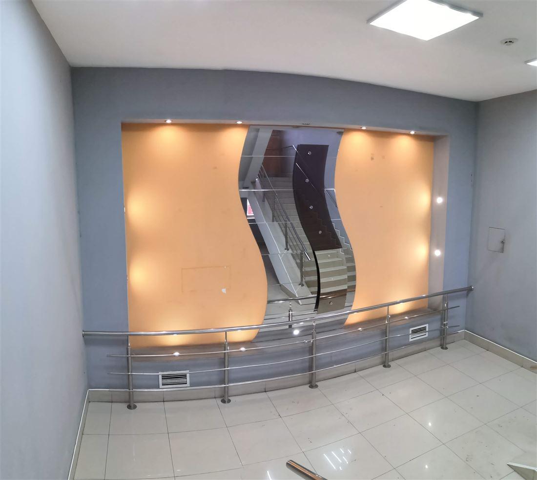 Retail в аренду по адресу Россия, Томская область, Томск, пл Ленина, д. 11